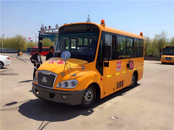 舒驰19座幼儿园校车 ,校车